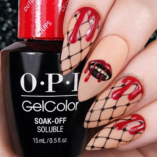 Bloody Kiss on a Web Base #nails #Halloween nails #trendypins