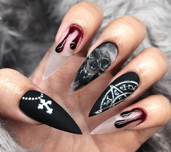 Bloody Skeleton Nail Design #nails #Halloween nails #trendypins