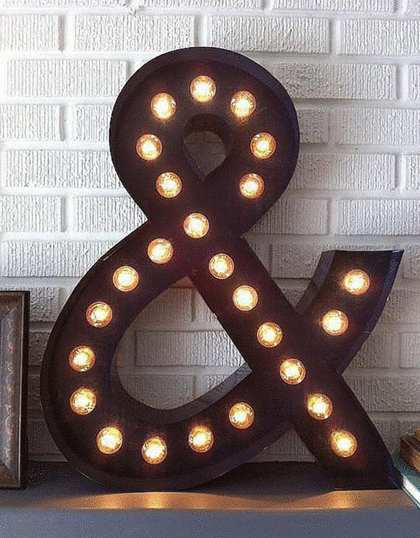 Ampersand Marquee Light #DIY #Christmas #gifts #trendypins