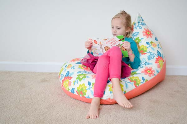 Kids Bean Bag Chair #DIY #Christmas #gifts #trendypins