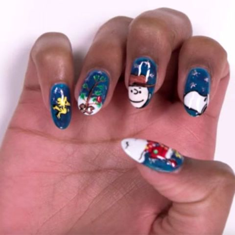 Charlie Brown Christmas Nails #Christmas #nails #trendypins