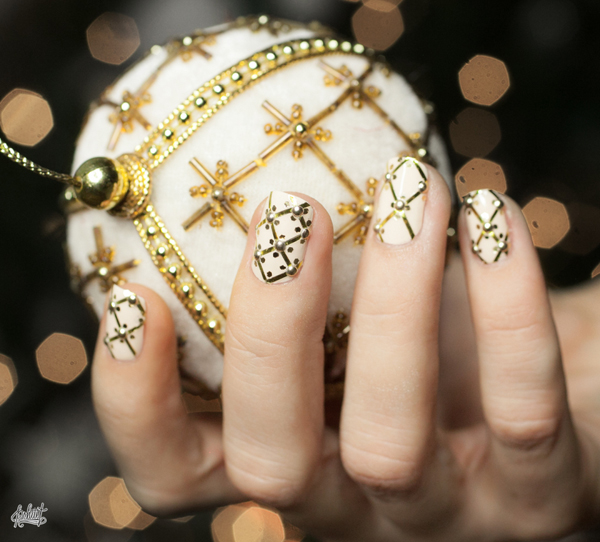 Christmas Nails With Gold Rhinestones