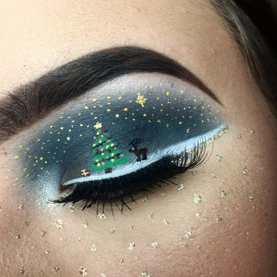 Christmas Tree and Reindeer on Winter Stars in Blue Sky #Christmas #makeup #beauty #trendypins