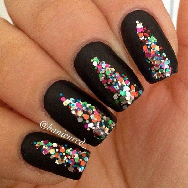 Colorful Sequins Christmas Tree Formed On Black Base Nails #Christmas #nails #trendypins