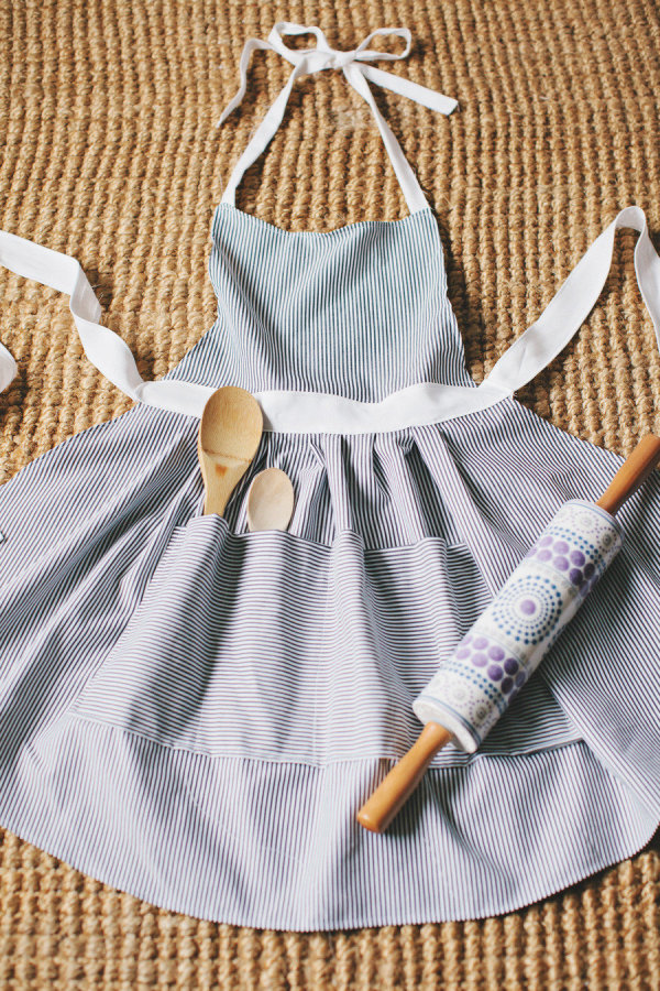 DIY-Kitchen-Apron-For-Mom