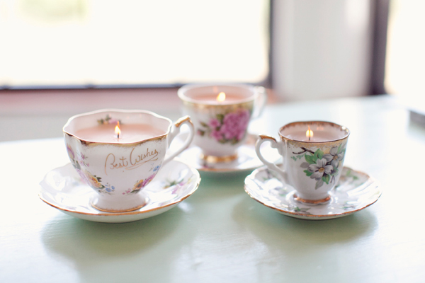 DIY Vintage Teacup Candles #DIY #Christmas #gifts #trendypins