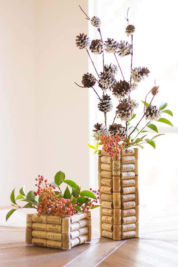 DIY Wine Cork Vases #DIY #Christmas #gifts #trendypins