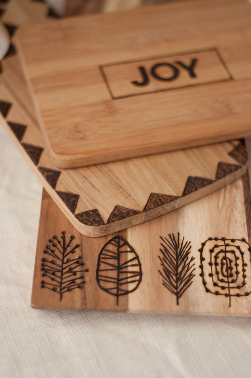 Wood Burned Serving Boards #DIY #Christmas #gifts #trendypins