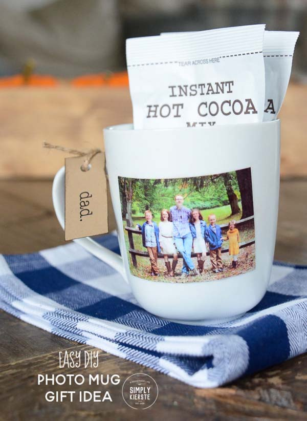 Easy DIY Photo Mug #DIY #Christmas #gifts #trendypins