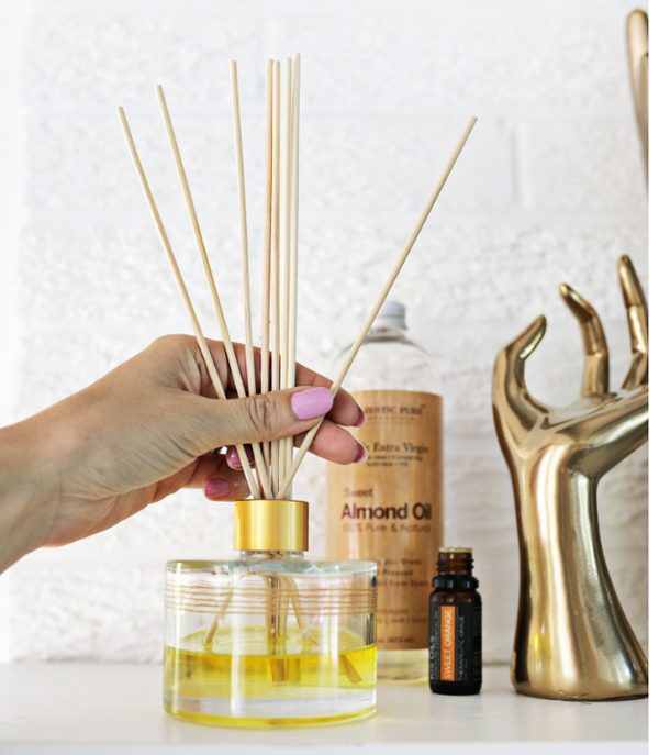 Essential Oils Diffuser #DIY #Christmas #gifts #trendypins