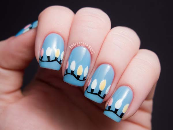 Glowing in the Dark String Lights on Nails #Christmas #nails #trendypins