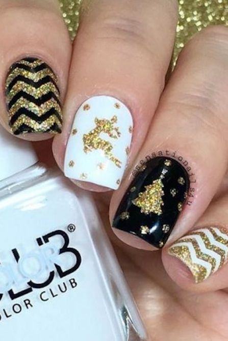 Gold Glitter Reindeer and Christmas Tree #Christmas #nails #trendypins