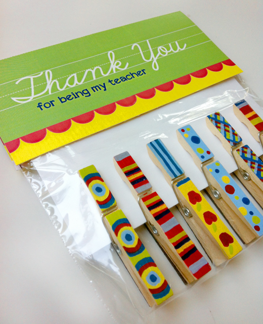 DIY Magnetic Clothespins #DIY #Christmas #gifts #trendypins