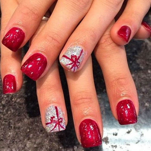 Red Colored Christmas Nails with Present Tie