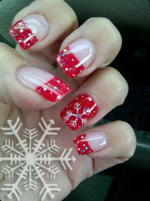 Red French Manicure Inspiration with Snowflakes #Christmas #nails #trendypins