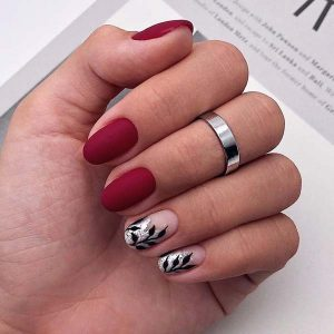 Red Matte with Leaves Christmas Nails