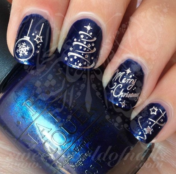 Silver Christmas Tree on Dark Blue Nails #Christmas #nails #trendypins