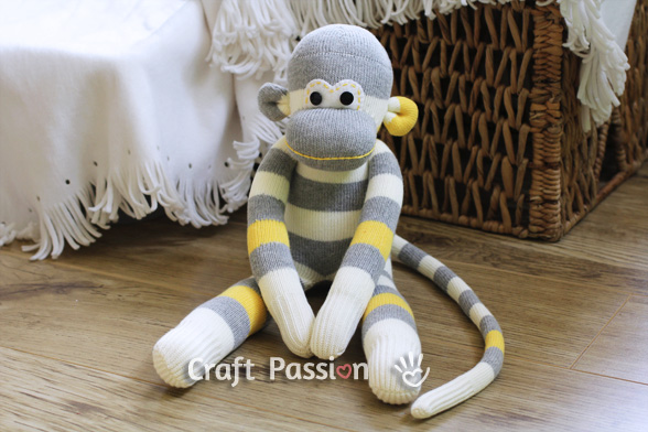 Sock Monkey #DIY #Christmas #gifts #trendypins