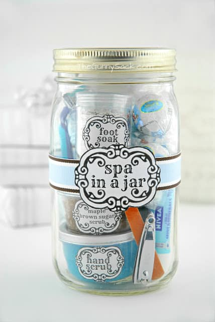 DIY Spa In A Jar #DIY #Christmas #gifts #trendypins