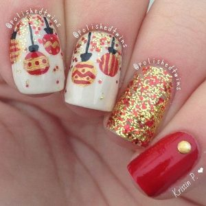 Sparkly Red and Gold Baubles Christmas Nails