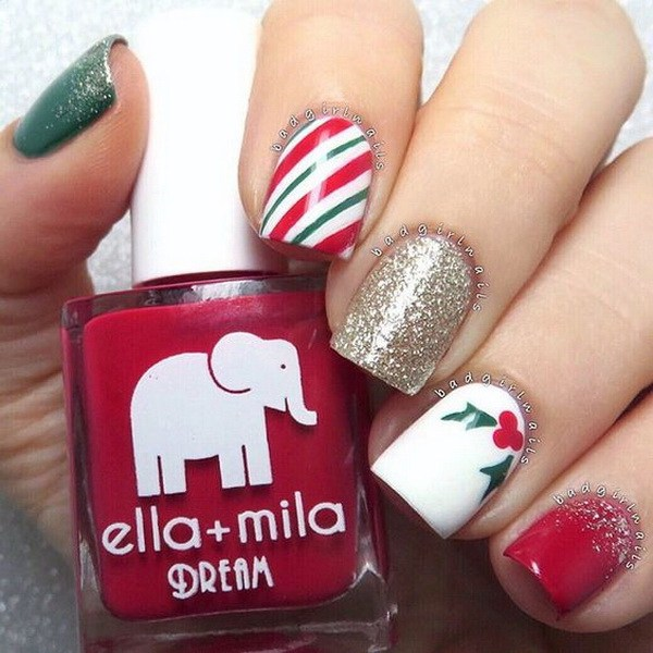 Striped and Gold Glitter Christmas Nails #Christmas #nails #trendypins