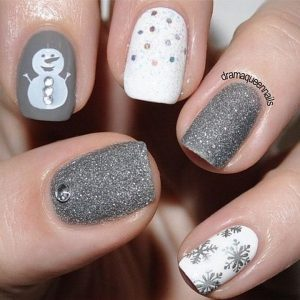 White and Silver Snowman Christmas Nails