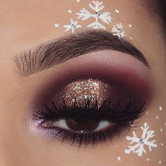 White-Snowflakes-with-Rhinestones-and-Gold-Glitter-Makeup