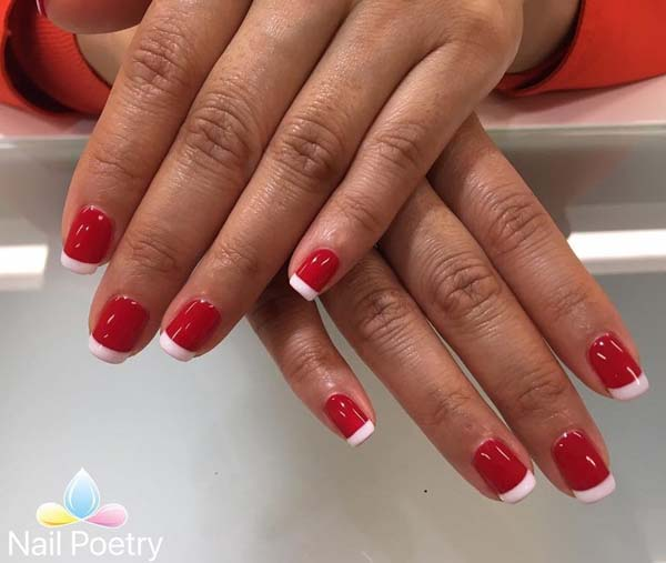 Red White Christmas Nails #Christmas #nails #trendypins