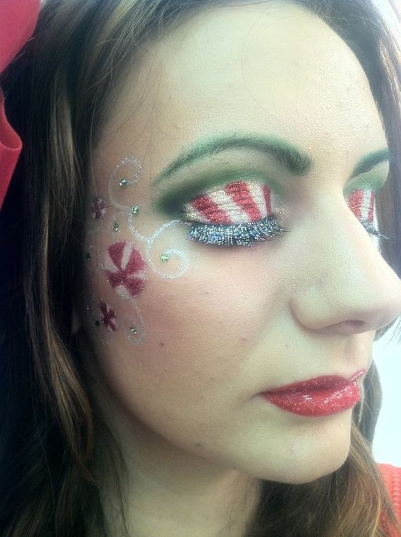 Candy Cane Face Makeup #Christmas #makeup #beauty #trendypins