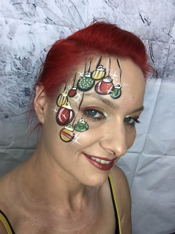 Christmas Baubles Painted on the Face #Christmas #makeup #beauty #trendypins