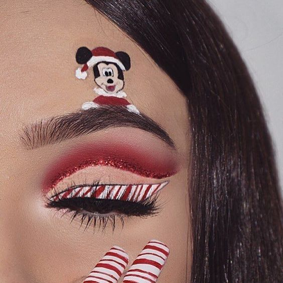 Mini Mouse and Candy Cane Christmas Makeup #Christmas #makeup #beauty #trendypins