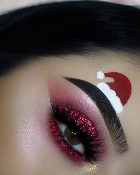 Santa's Hat on Eyebrow and Red Glitter Eyeshadows #Christmas #makeup #beauty #trendypins