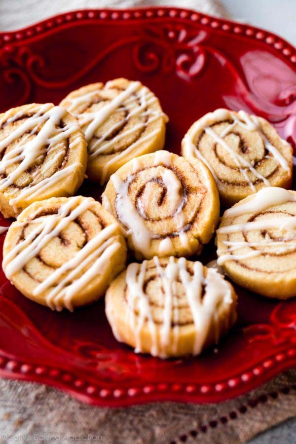 Cinnamon Roll Cookies #Christmas #cookie #recipes #trendypins