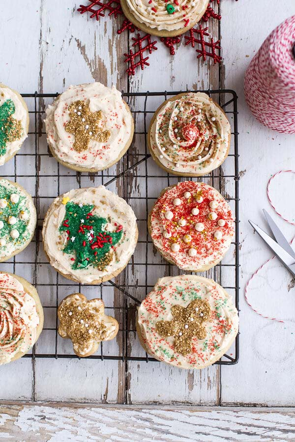 Easy Slice 'n' Bake Vanilla Bean Christmas Sugar Cookies #Christmas #cookie #recipes #trendypins