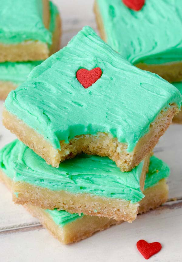 Grinch Sugar Cookie Bars #Christmas #cookie #recipes #trendypins