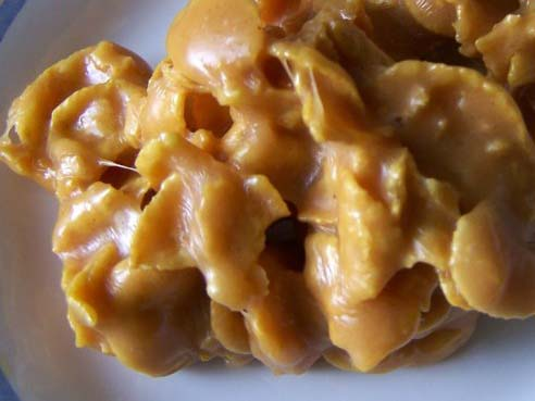 Old Fashioned Cornflake Candy #Christmas #candy #recipes #trendypins