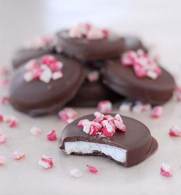 Peppermint Patties #Christmas #candy #recipes #trendypins