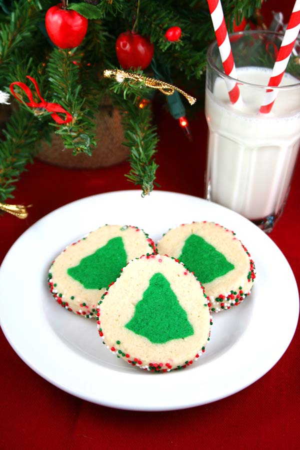 Slice n' Bake Christmas Tree Cookies #Christmas #cookie #recipes #trendypins