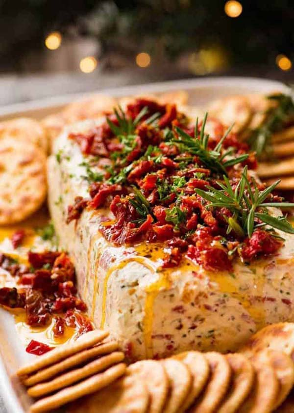 Italian Cheese Log #Christmas #recipes #dinner #trendypins