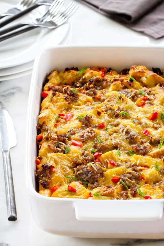Make Ahead Breakfast Casserole #Christmas #recipes #dinner #trendypins