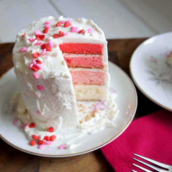 Mini Ombre Valentine's Day Cake for Two #Valentine's Day #recipes #cakes #trendypins