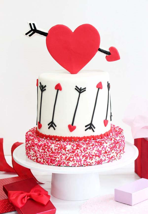 Pink and Red Velvet Valentine's Day Cake #Valentine's Day #recipes #cakes #trendypins