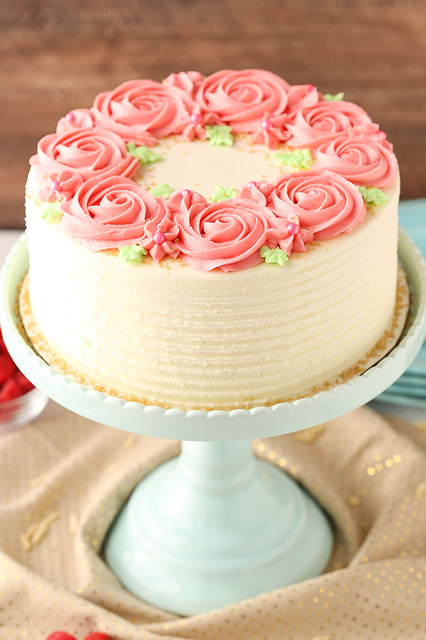 Raspberry Almond Layer Cake #Valentine's Day #recipes #cakes #trendypins