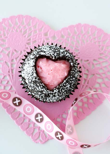 Sweet Heart Cupcakes #Valentine's Day #recipes #cupcakes #trendypins