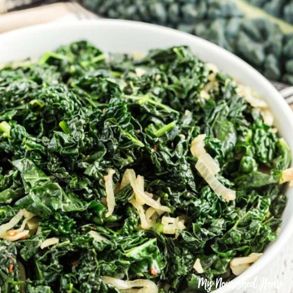 Awesome Sauteed Kale #Easter #dinner #recipes #trendypins
