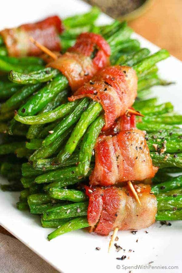 Bacon Green Bean Bundles #Easter #dinner #recipes #trendypins