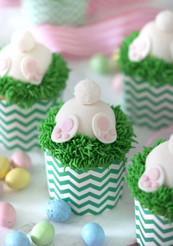 Bunny Butt Cupcakes #Easter #desserts #recipes #trendypins