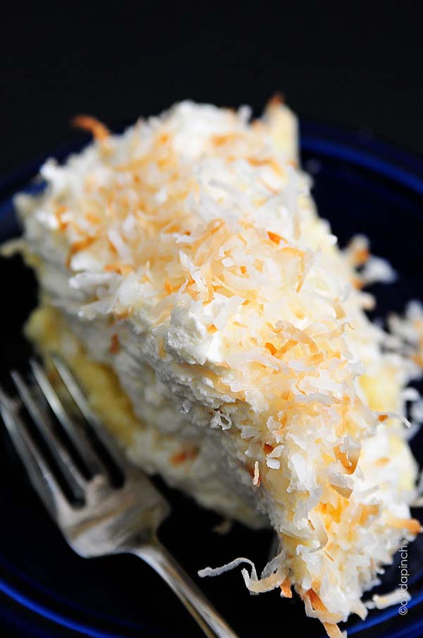Coconut Cream Pie #Easter #dinner #recipes #trendypins