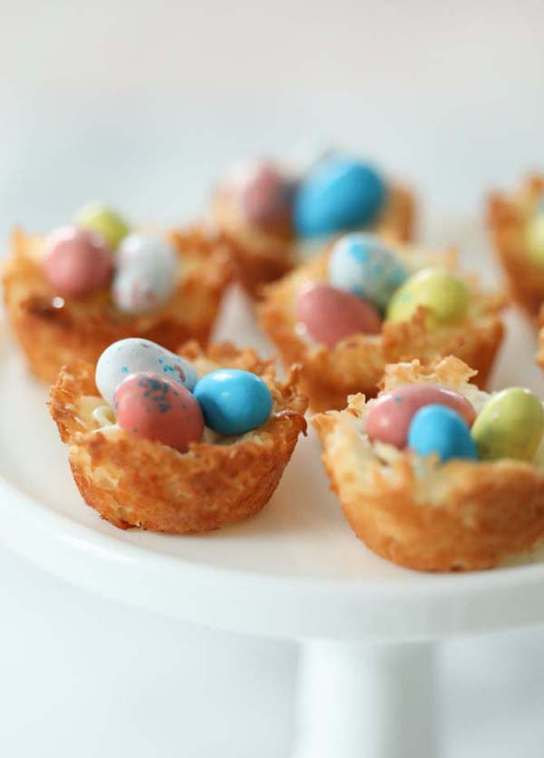 Coconut Macaroons Nest  #Easter #treats #recipes #trendypins