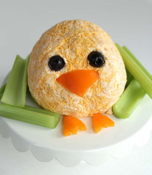Easter Chick Cheeseball#Easter #appetizers #recipes #trendypins